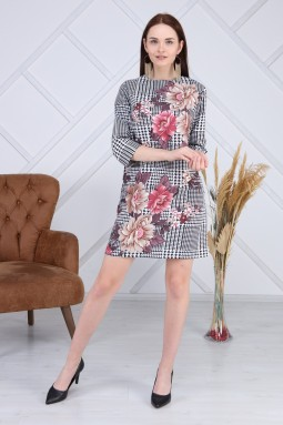 Çiçek Desenli Kazayağı Elbise