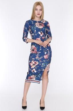 Çiçek Desenli Yırtmaçlı Mavi Renk Elbise