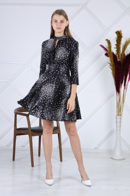 Siyah Deri Puantiyeli Elbise