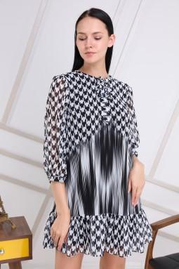 Siyah Kazayağı Yakası Bağlamalı Elbise