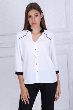 Siyah Yakalı Beyaz Bluz