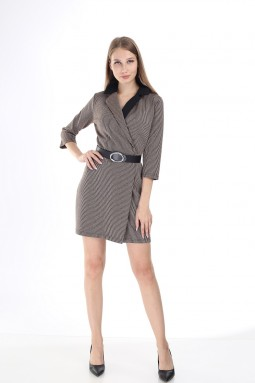 Siyah Yakalı Çizgili Bej Elbise