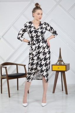 Varaklı Kazayağı Desenli Elbise