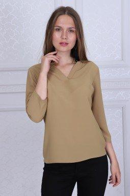 Yaka Detaylı Bej Renk Bluz
