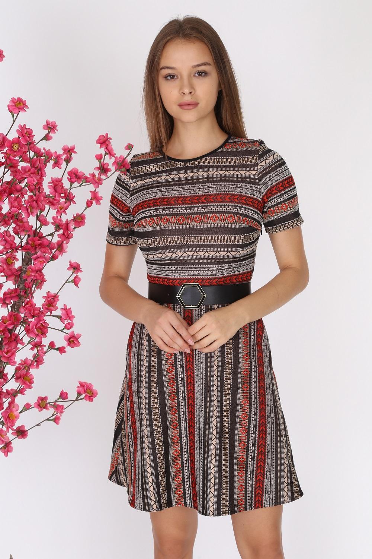Kırmızı Desenli Kısa Kollu Triko Elbise
