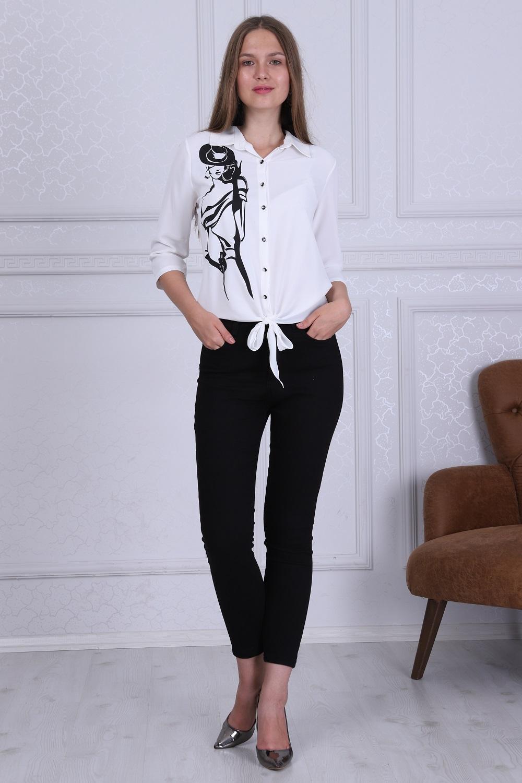 Kız Desenli Beyaz Renk Bluz